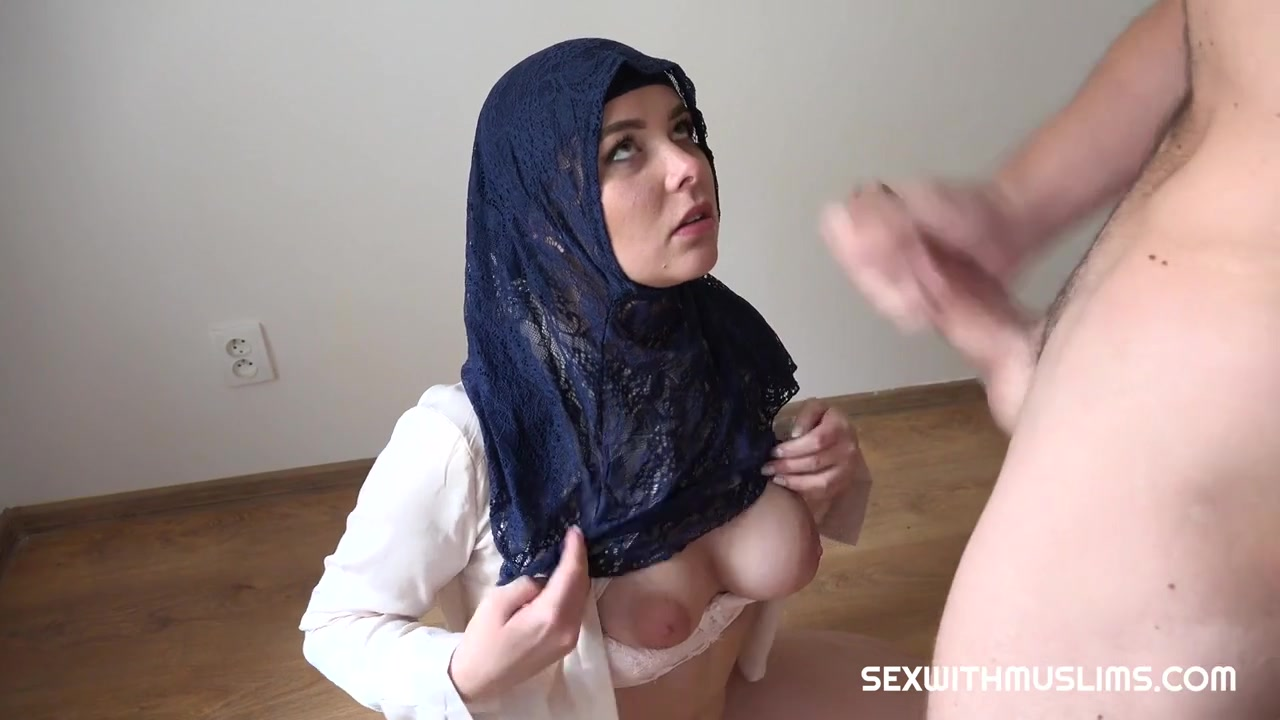 Rich Hujabi Muslim Lady Nikky Dream Wants That Meaty Dick & Cum on Tits