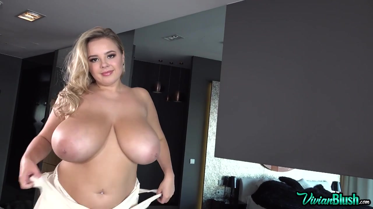 Vivian B - What Would You Do To This Slamhog? - Bbw