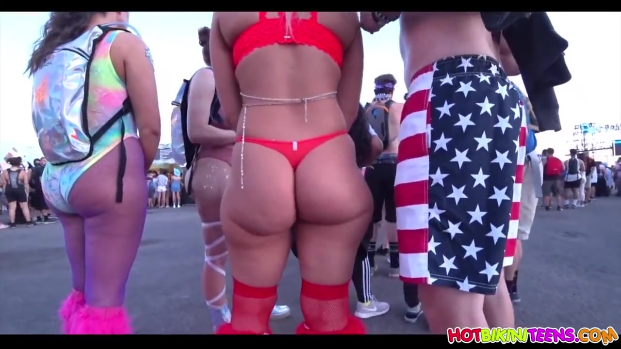 Rave-Thong Party - Amateur Chicks with Big Asses Outdoors