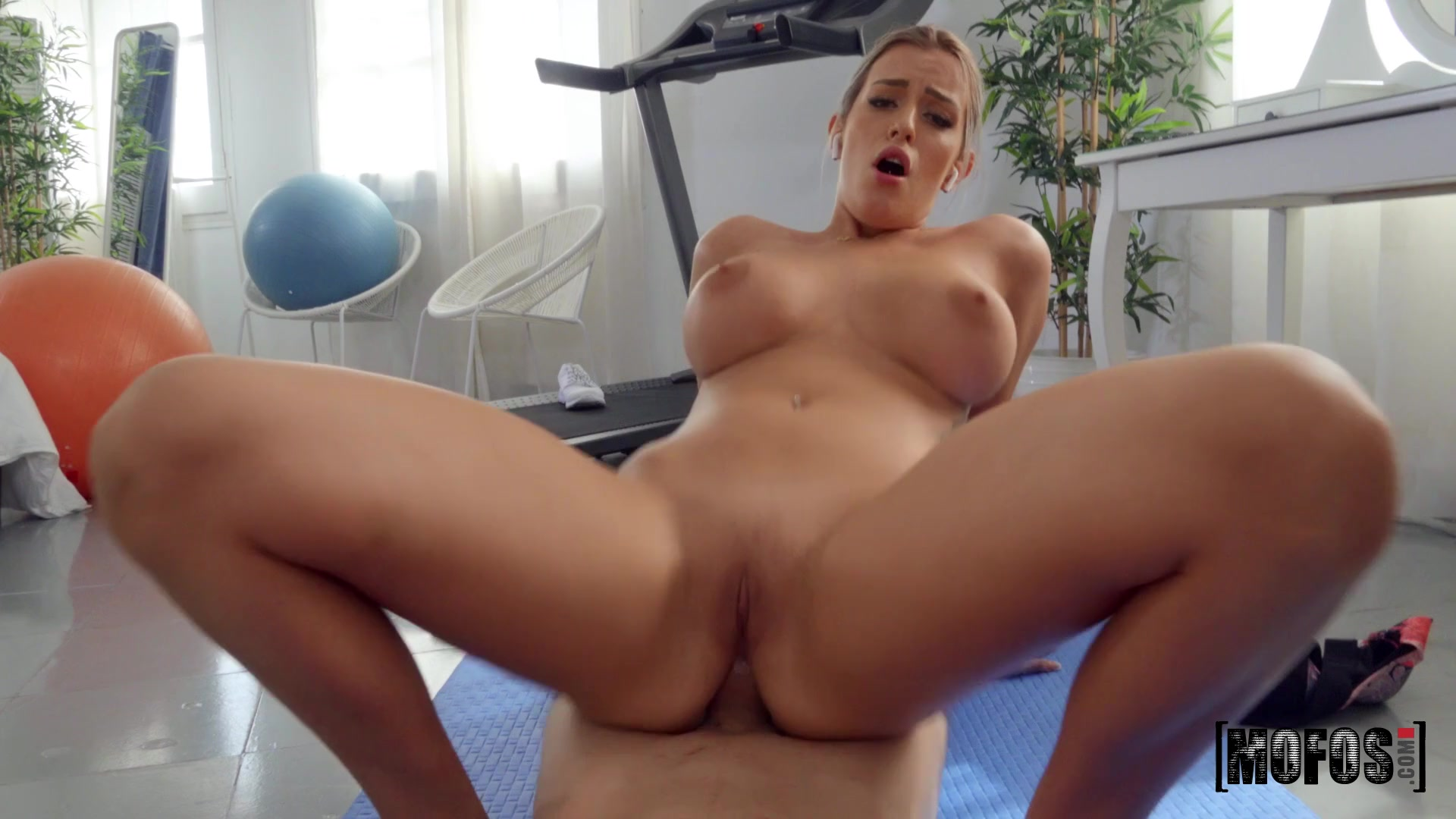 Pervs On Patrol - Merica's Workout 2 - Big Tits