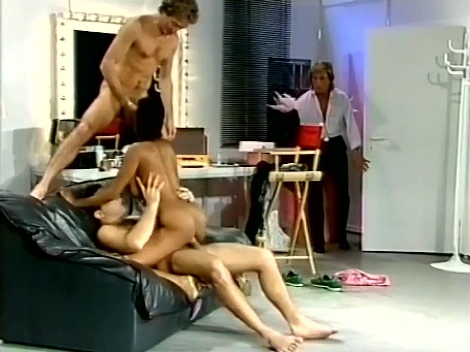 Vintage pornstar Teresa Orlowsky - threesome group sex, big tits, hairy pussy