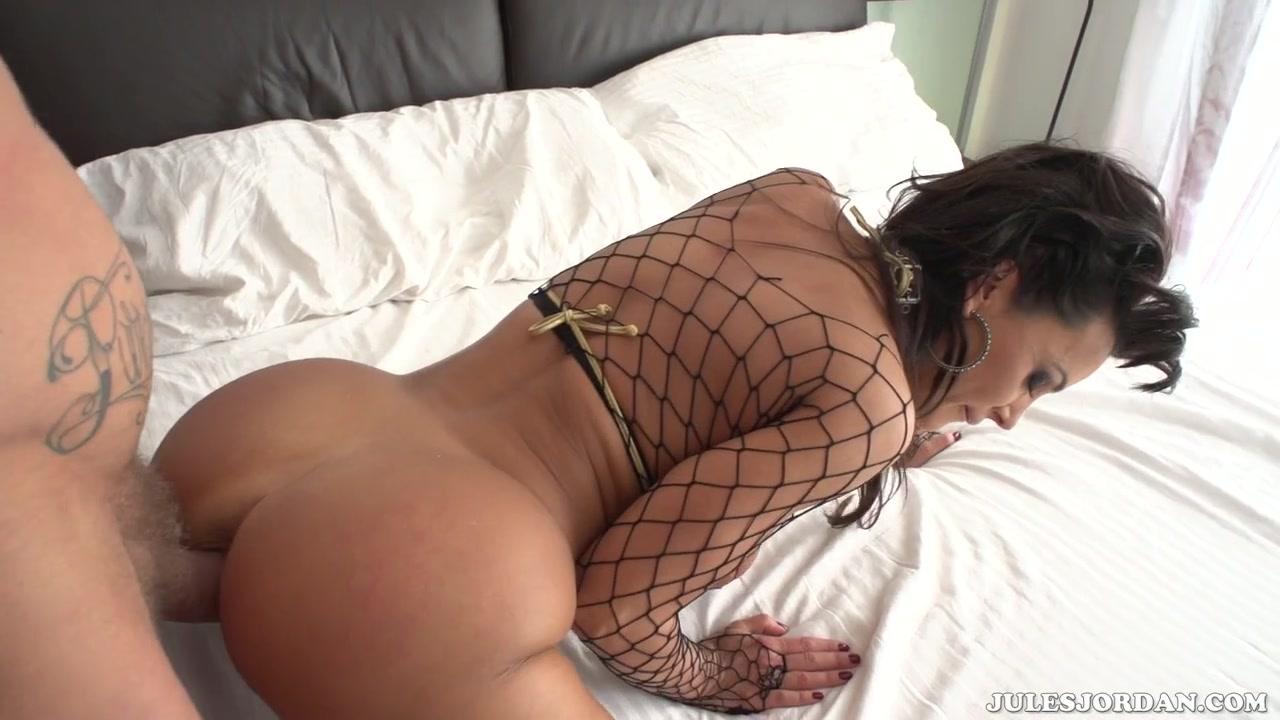 Lisa Ann Anal Nacho Opens Up Her Ass - lisa ann