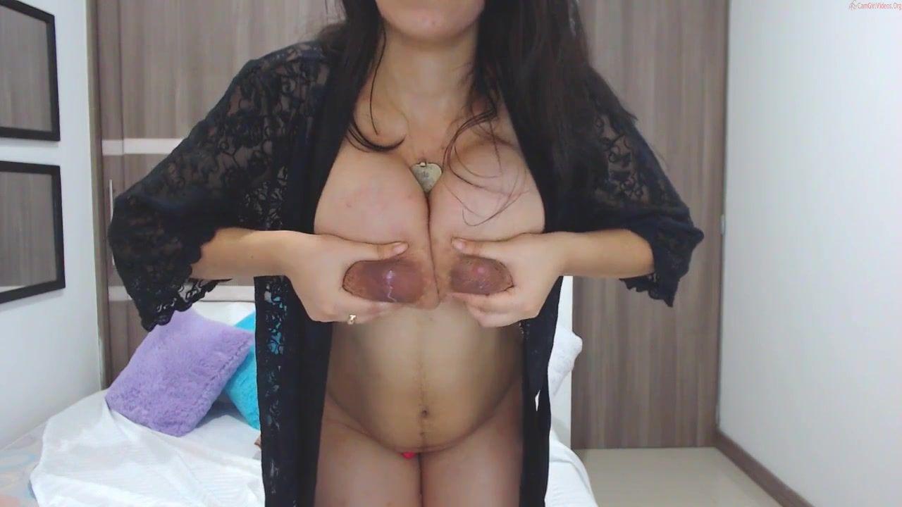 Brunette Kimmy Jones - Big natural tits milking on webcam