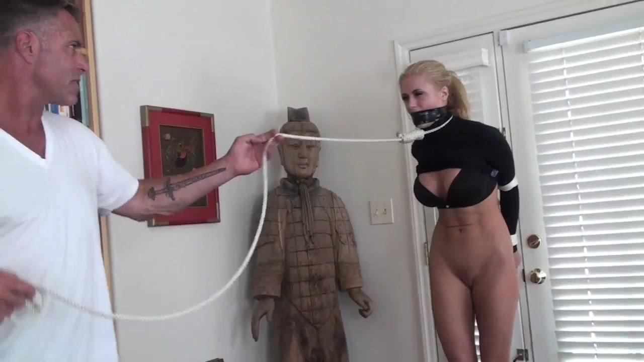 Master surprised - Big tits in bondage