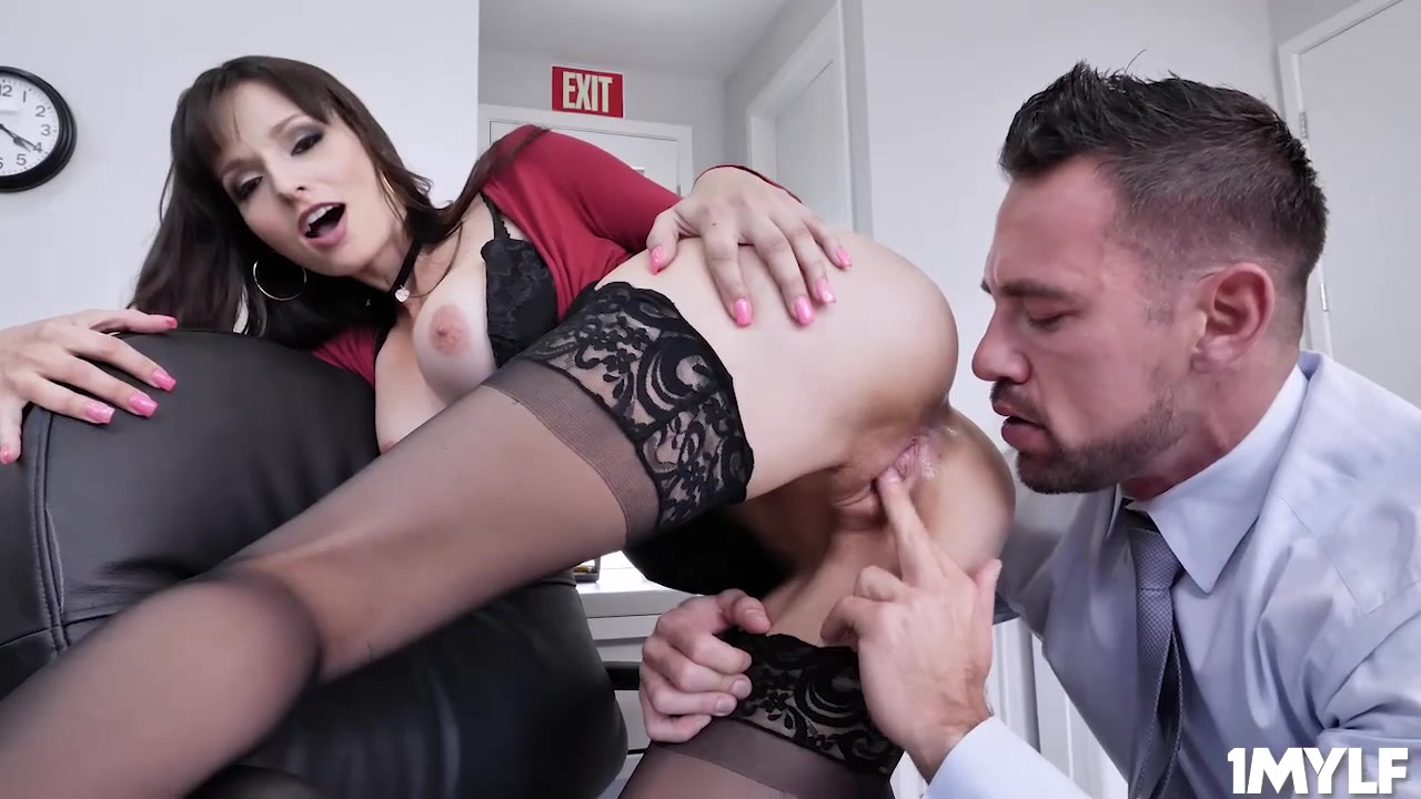 Horny boss milf on a hot cock wild ride - Lexi luna